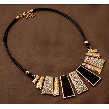 Statement Necklace inspired by Indian feast Celebration style