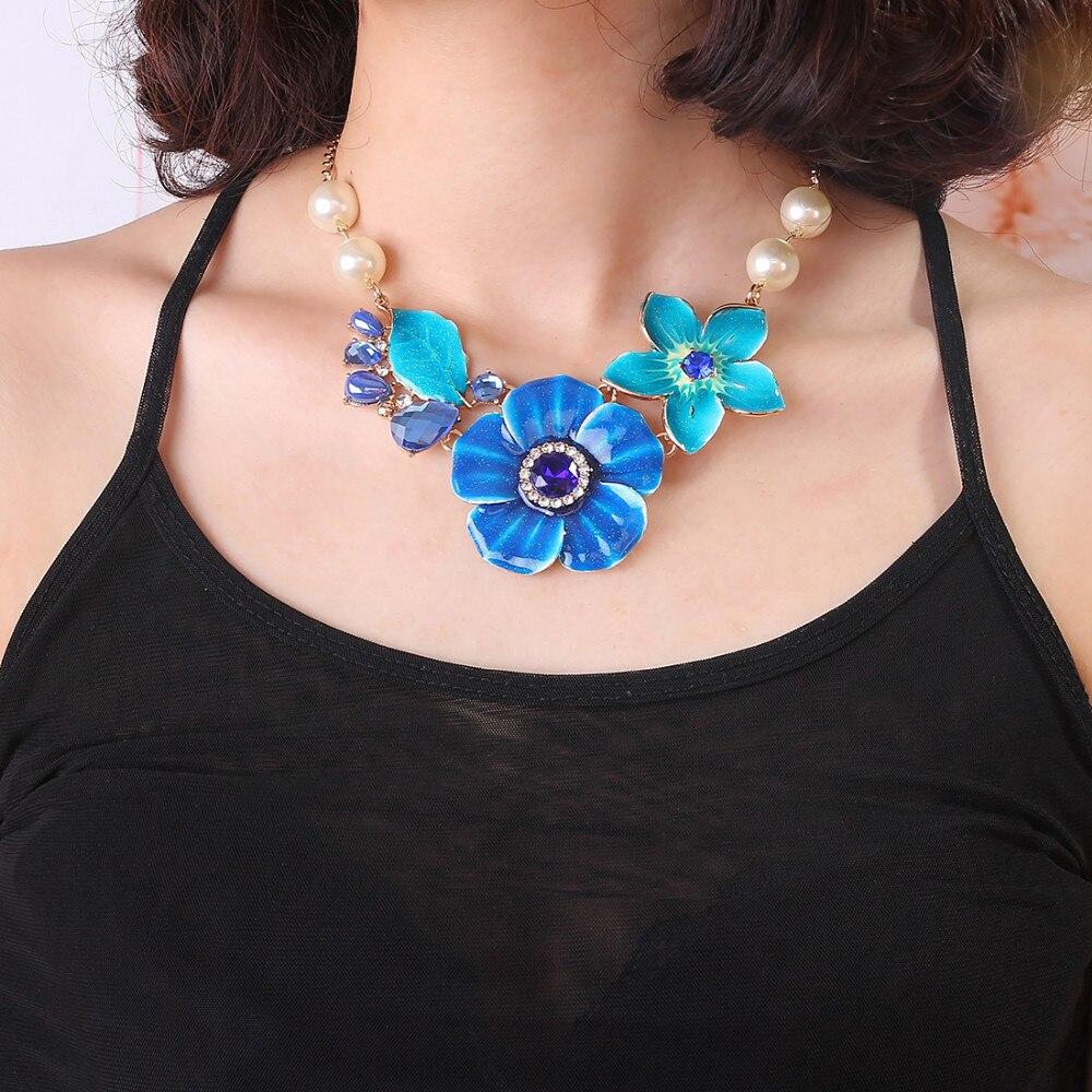 Halsketten & Anhänger Frauen Blume Emaille Halskette Simulierte Perlenkette Schmuck Gold Farbe Kettenglieder
