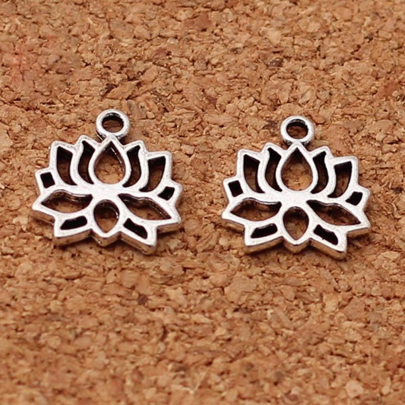 10 x Hello Kitty Tibetan Silver Charm Pendant Finding Bracelet Necklace Making A