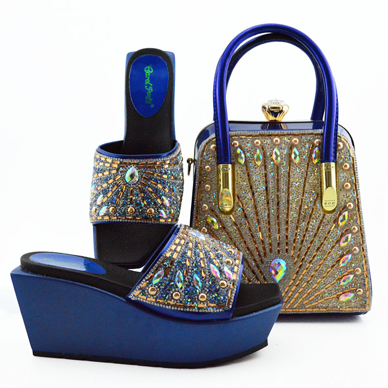 New Arrival Royal blue Italian Shoe with Matching Bag Set Decorated with Rhinestones African Shoe and Bag Set To Match for PartyNew Arrival Royal blue Italian Shoe with Matching Bag Set Decorated with Rhinestones African Shoe and Bag Set To Match for Party