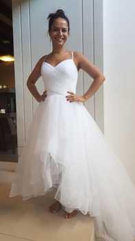Walk Beside You Ivory Wedding Dresses Spaghetti Straps V-neck Tulle Short Front Long Back Beach Boho Bride Gowns New Arrival