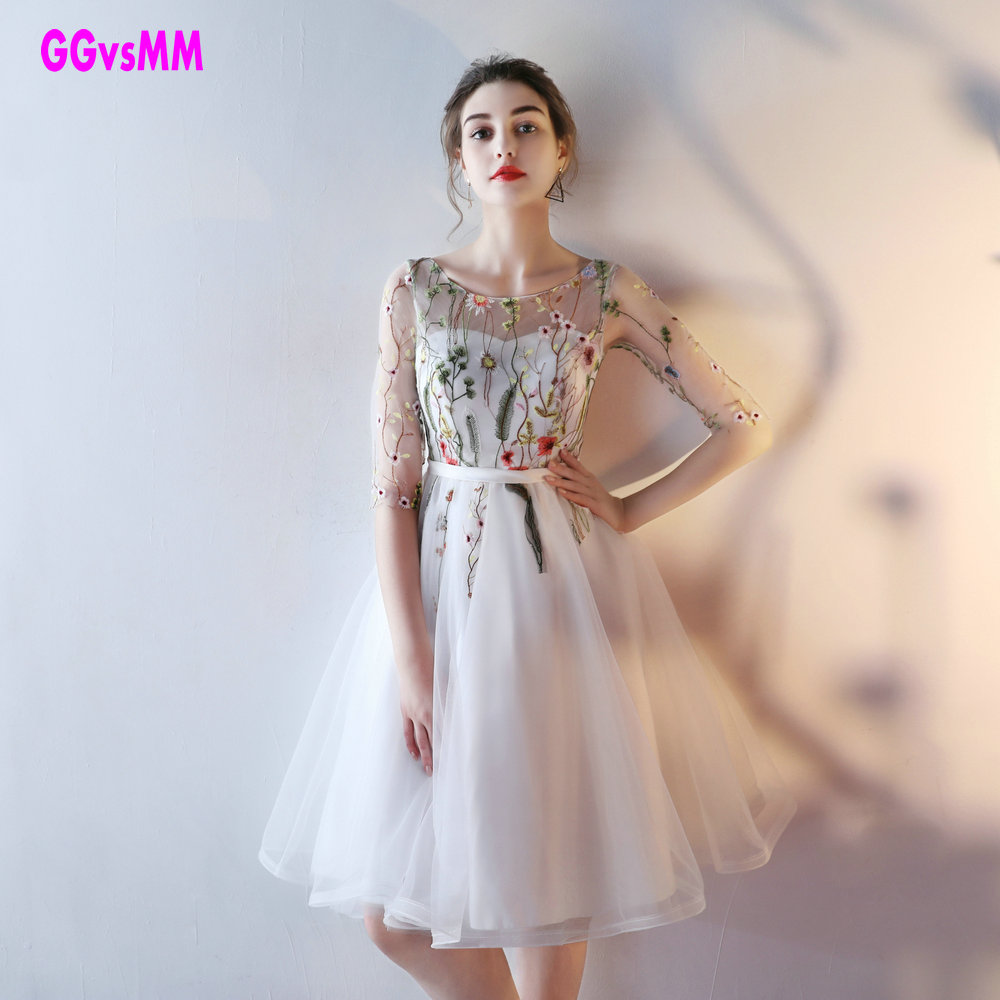 Fast Shipping Cheap Women Ivory Short Prom Dresses 2019 Sexy Black Prom Dress Scoop Tulle Embroidery Lace Up Evening Party Gown