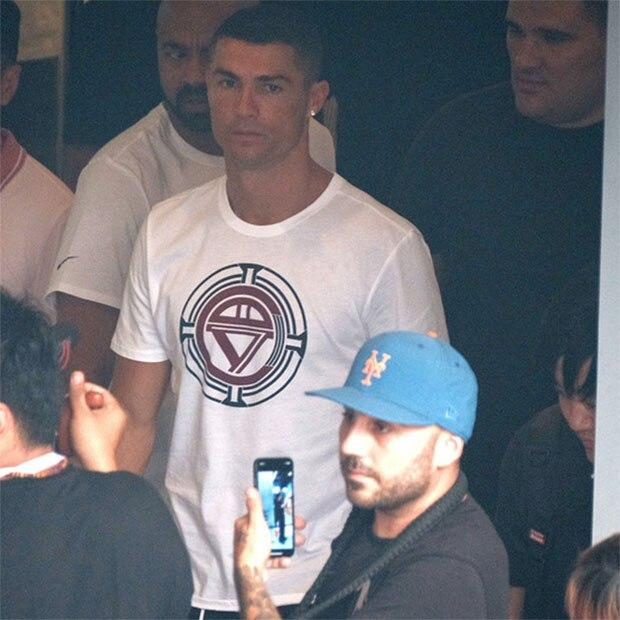 4801f1b0fcd Di alta qualità di marca degli uomini 2018 nuovo viaggio di Cristiano  Ronaldo Cina Pechino T T