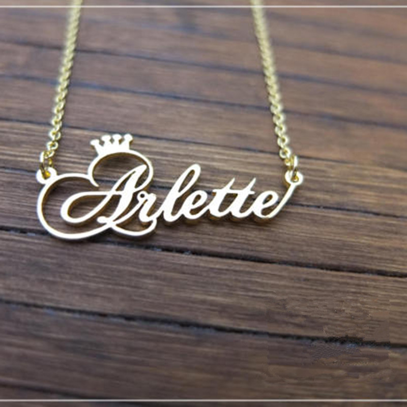 все цены на Personalized Name Crown Necklace Handmade Customized Cursive Font Nameplate Pendant Stainless Steel Chain Jewelry Birthday Gifts