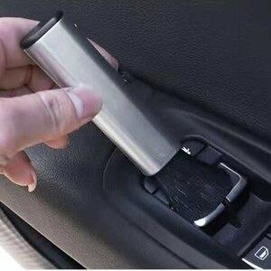 Image 1 - Auto Styling Auto Reinigung Pinsel Für VW Polo Passat B5 B6 CC GOLF 4 5 6 Bora Tiguan Peugeot 307 206 308 407 zubehör