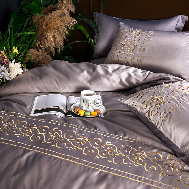 (6)  White silver cotton imitate silk luxurious Bedding Set queen king measurement mattress set Bedsheets linen Europe embroidery Quilt cowl set HTB1bJWDeHZnBKNjSZFhq6A