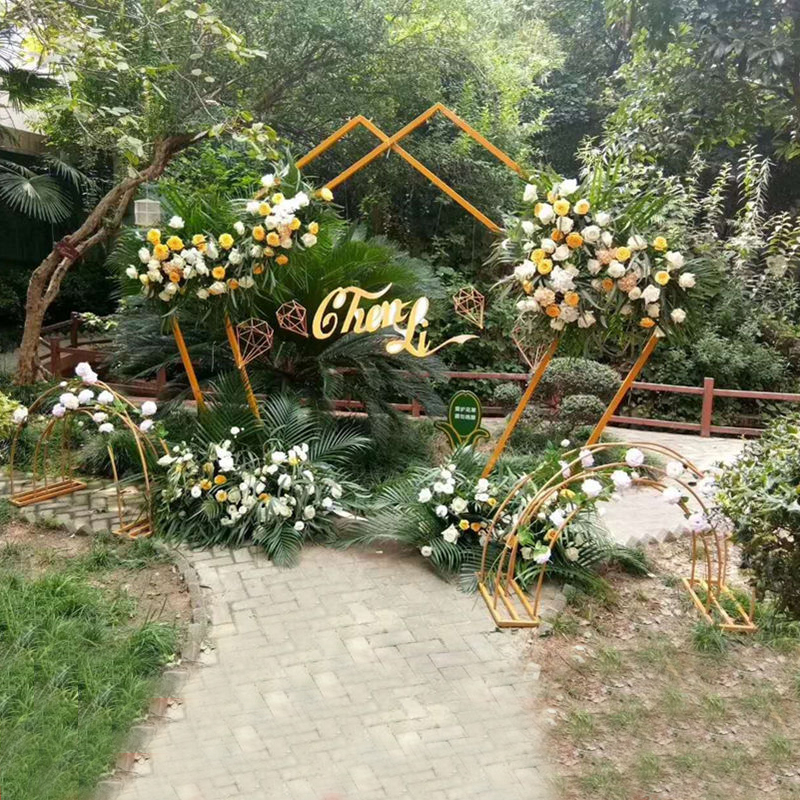 Wedding Wrought Iron Stand Shape Pentagon Geometry Road Lead Gold Metal Iron Wedding Backdrop Arch DIY Stage Scene Layout Props