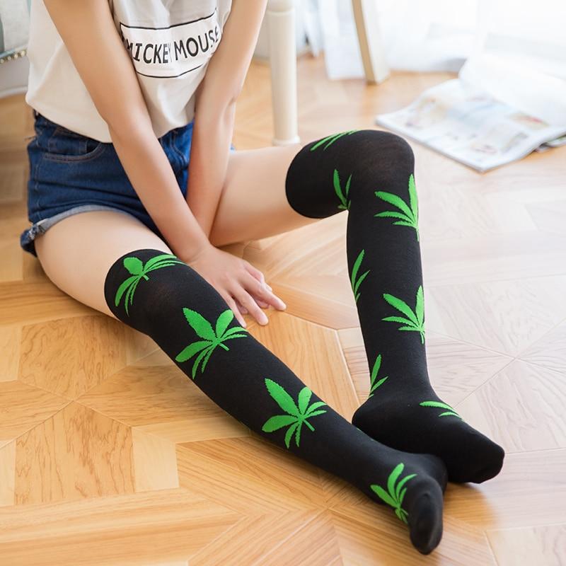 2018 Women Stockings Thigh High Sexy  Stockings Socks Weed Print Spandex Long Loose Knee High Socks For Ladies Meias