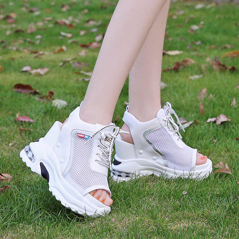 Phụ nữ Mùa Hè Cao Cấp Nền Tảng Dép Giày Trắng Nêm Sandal Nhân Quả Giày Sneaker Dày Lưới Thời Trang Nữ Mới Giày