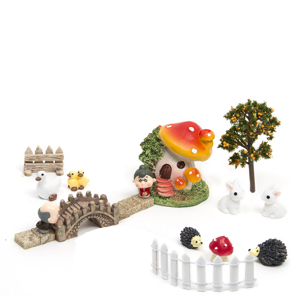 18 stk / sæt Micro Landskab Hjem Bonsai DIY Doll House Model Succulents Dekoration Fairy Garden Miniaturer Terrarium Figurer