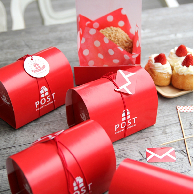 10pcs/lot British Christmas Red Color Mail Post Storage Box Wedding Paper Mailbox Candy Box New Year Bakery Packaging Small Gift