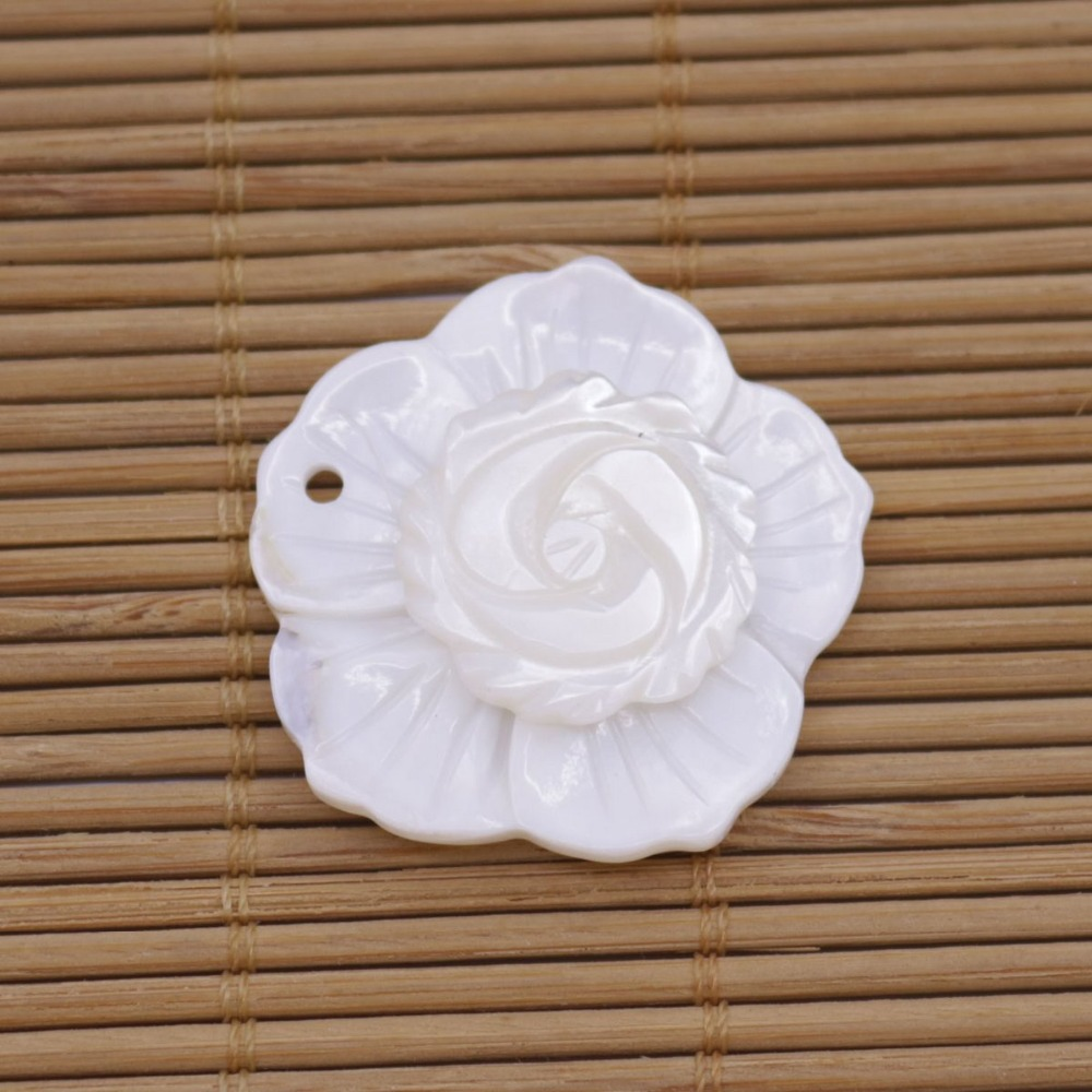 Купить с кэшбэком 5 PCS Shell 2 layers Flower Natural White Mother of Pearl Pendant Jewelry Making