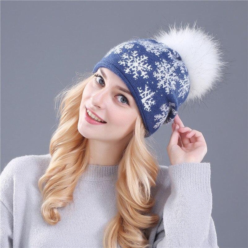 Цвет: Голубой шляпе белой пом