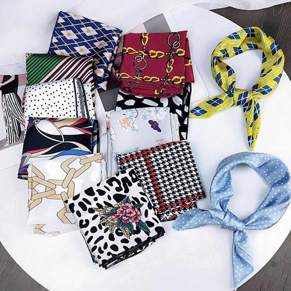 Pañuelo elegante pequeño pañuelo cuadrado de satén pañuelo con cuello en la cabeza pañuelo para mujer
