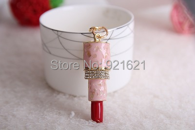 New Classic Alloy classic  3D  Hollow Carved Simulation Mini Lipstick Shape Model Key Chain Keyring K0023