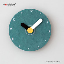 Attractive Design Lightweight Accurate Hanging Wall Clock