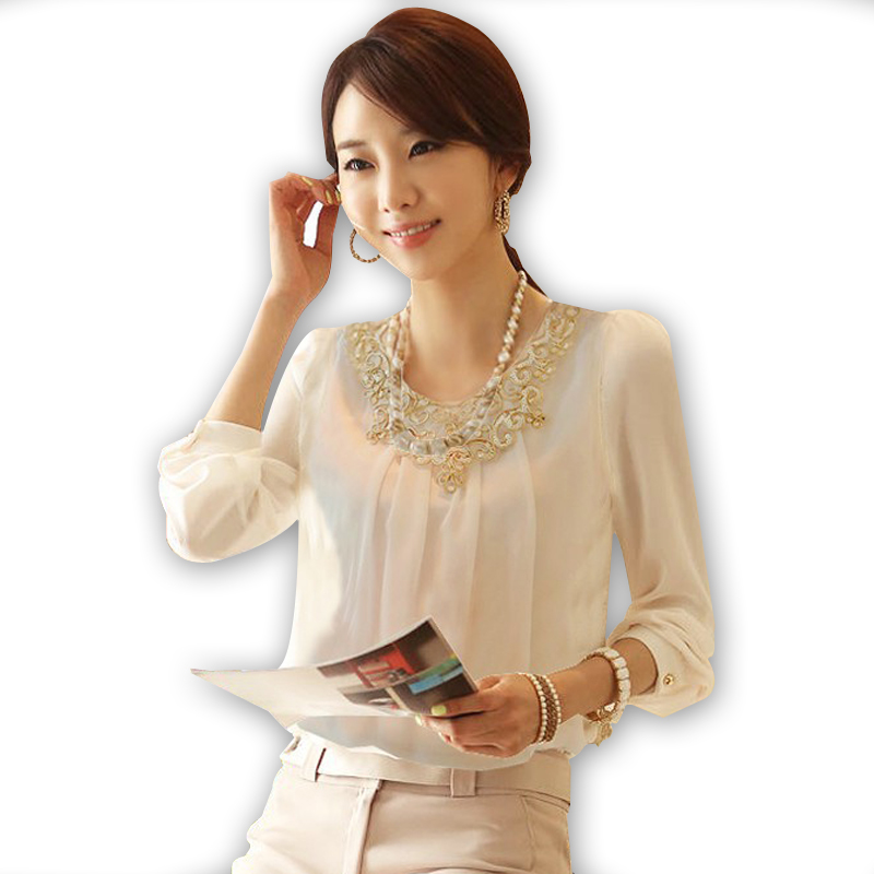 2017 Spring Autumn Woman Chiffon Gold Lace blouse lady shirt Hollow out Top Shirt casual base lady embroidery basic S~4XL D0462