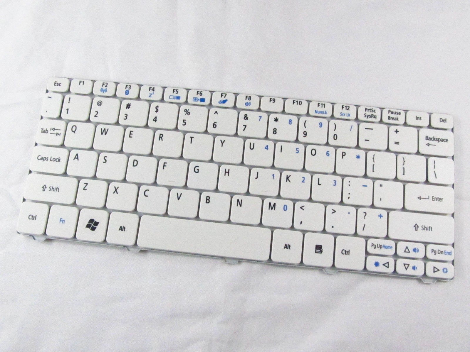 New GENUINE for Acer Aspire One 521 533 D255 D260 Keyboard white US