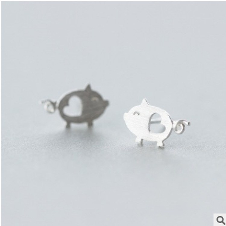 Shunyun Handmade Cute Heart Pig Stud Earrings For Women Men Animal Piercing Novelty Earrings Christmas Gift Bijoux Brincos