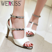 High Sandal Tali Pesta