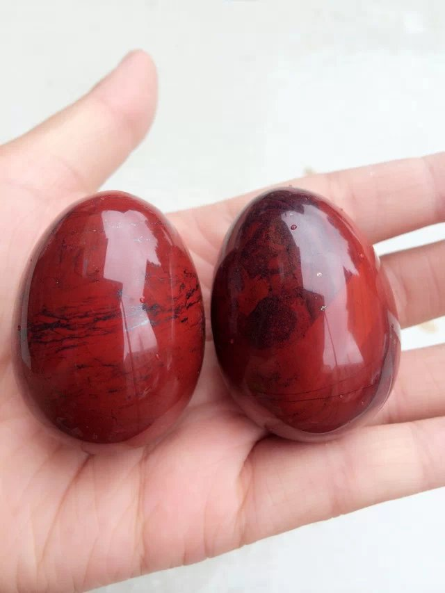 2 pieces red jasper Natural Stone Carved Bell Chakra Healing Reiki stone Crafts undrilled jade egg kent jasper twelve