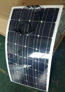 Модифицированные панели солнечных батарей, внешний вид нового дизайна, мощность 100 Вт Полугибкие панели солнечных батарей