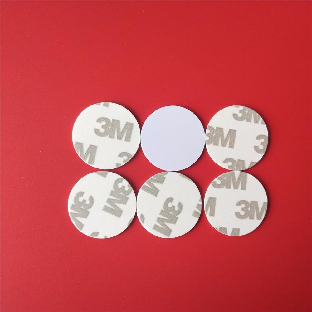 100 Pçs/lote 13.56 MHZ Cartão Mutável UID 1 K S50 NFC Coin Magia com 3 M Adesivos Regravável 25mm para Controle de Acesso