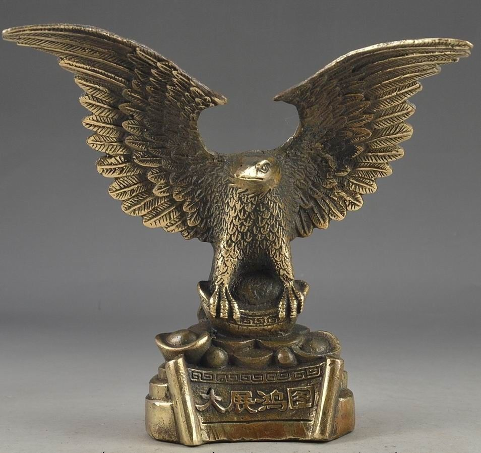 Old Chinese Vintage Brass Handwork Hammered Wealth Succeed Eagle StatueS Statue Wholesale Factory Bronze Arts Outlets