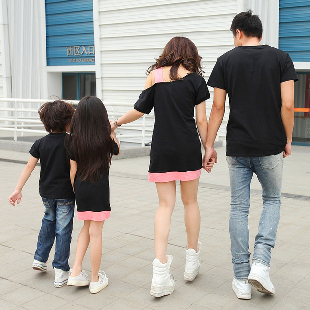 Family matching clothes father mother daughter son mom mommy and me clothes clothing dress couple family look tshirts outfits 36
