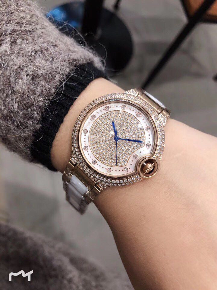 Womens Watches Top Brand Runway Luxury European Design  Quartz Wristwatches  A0529Womens Watches Top Brand Runway Luxury European Design  Quartz Wristwatches  A0529