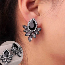 New Fashion Fashion Earrings Rhinestone Gray/Pink Glass Black Resin Sweet Metal with Gems Ear Stud Earrings For Women Girls(China)