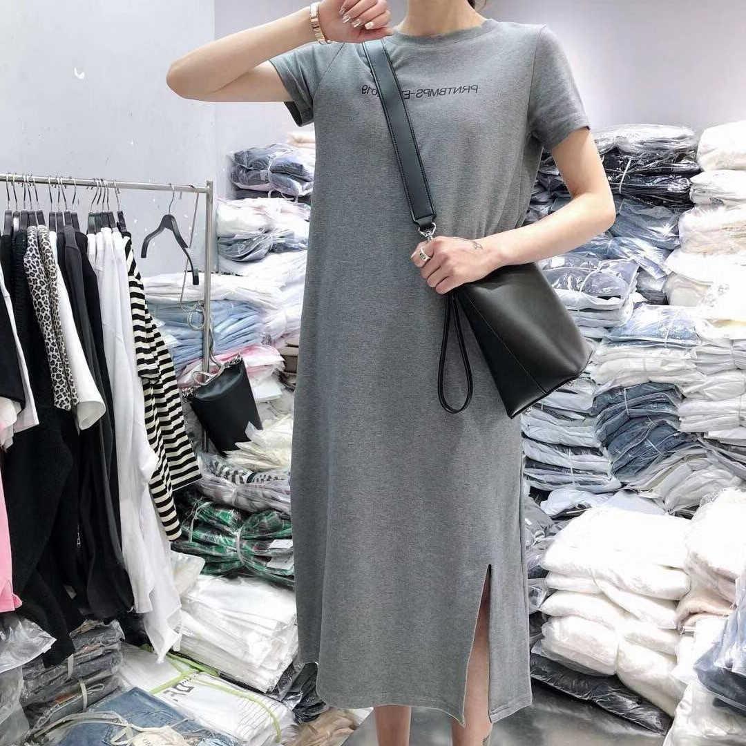Макси объемная футболка платье для женщин Лето 2019 повседневные Большие размеры Boho пляжные платья элегантные винтажные сексуальные буквы черное сплит длинное платье