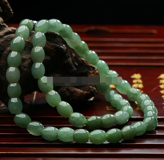 "0001389 100% natural A jadeite rice icy oil green  women's necklace 18"" (A0325)"