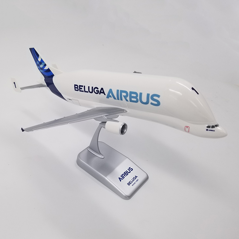 1:200 Airbus A300-600ST BELUGA Airlines Transport Machine With Base Alloy Aircraft Plane Collectible Display Model Collection