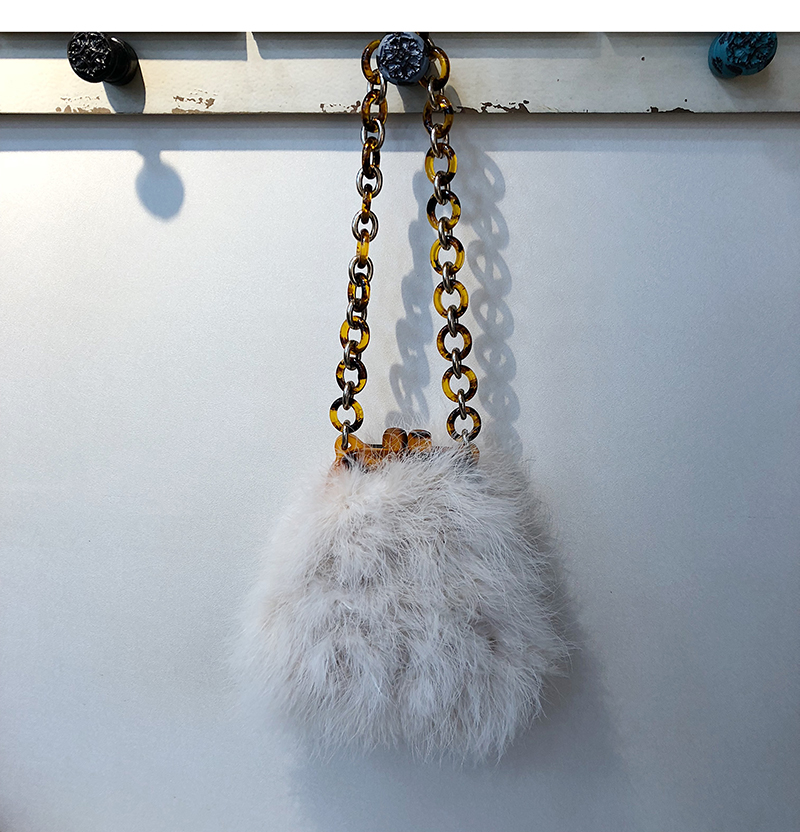 Winter Women Fur Bag Ostrich feather Acrylic Chain Lady Purse Handbags Luxury Design Clip Bags Chic Messenger Bag цены