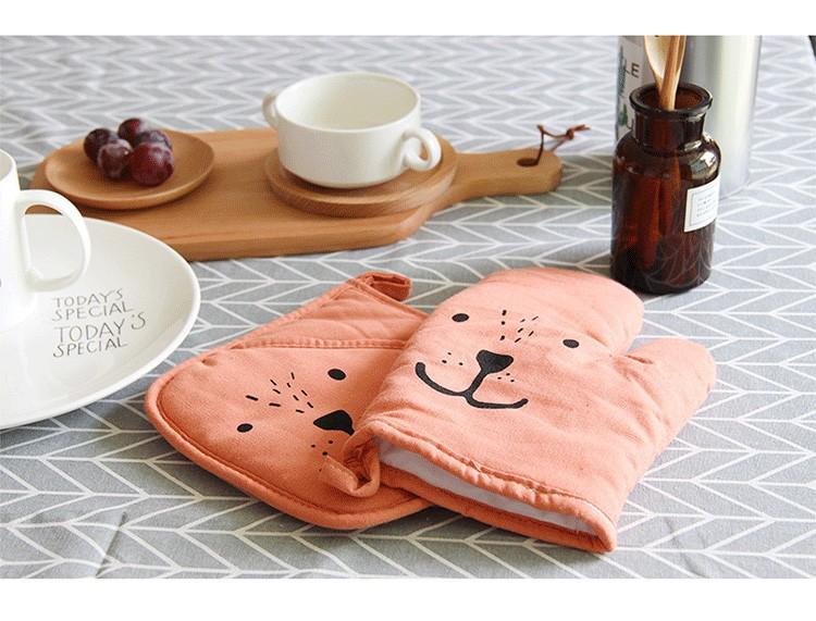 Mitaines de cuisine isol\u00e9es en coton et lin \u00e0 motifs d/'oiseaux Cadeau d/'hotesse