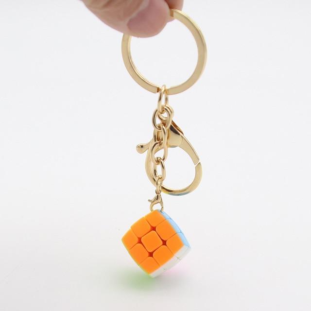 Yongjun YJ Mini Chaveiro Pão 3x3x3 Magic Cube Velocidade Enigma Cubo Mágico Brinquedos Educativos 2 cm decoração Anel chave Bonito