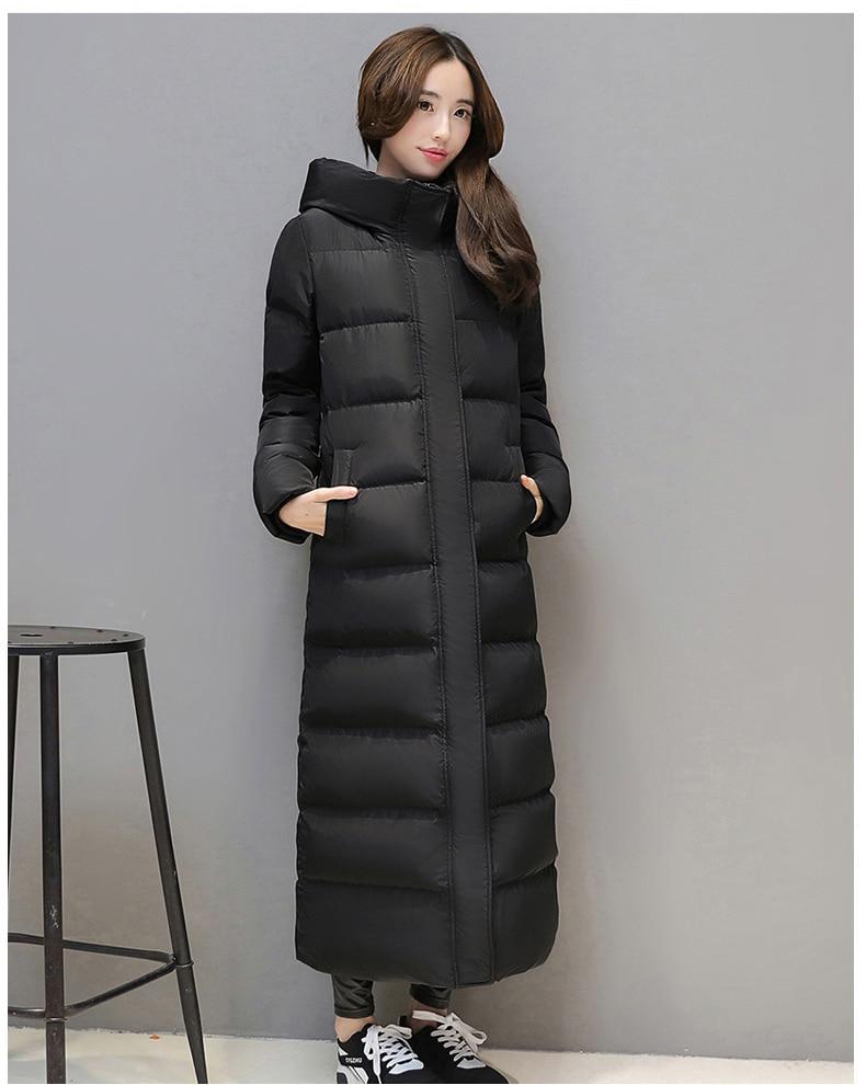 Chaqueta de plumón súper larga para mujer gruesa negra roja con capucha mantener el calor Delgado