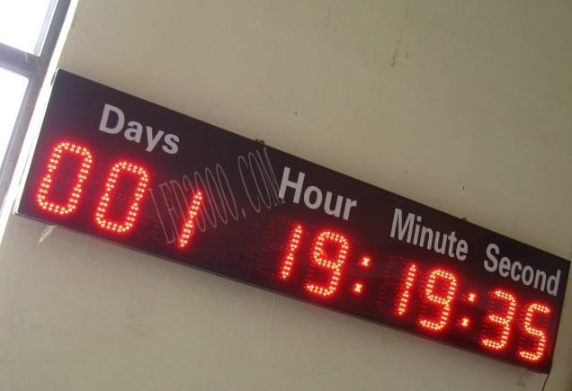 nagy méretű 6 hüvelyk magas karakter piros színű napok, órák, percek és másodpercek visszaszámlálás LED óra falióra nagy fényerővel távirányító
