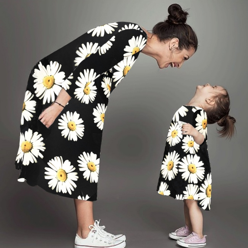 Mother& Daughter Dresses Girls Print Long Sleeve Cotton Fashion Family Clothes Girl Dresses Autumn Mother Dresses 2018