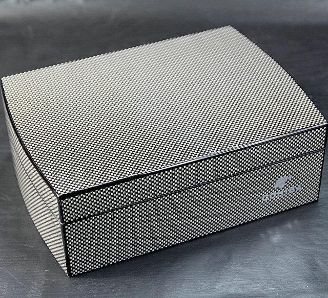 Cigar Case Humidor Travel cedar Wood cigar box With Humidier and Hygrometer carbon fiber face