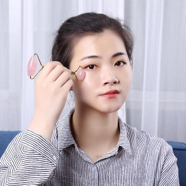 1PCS Rose Crystal Quartz Roller Slimming Face Massager Lifting Tool Facial Massager Jade Roller Face Anti Wrinkle Beauty Care 3