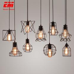 Luz pingente de gaiola de ferro moderna minimalista Escandinavo retro loft pirâmide pingente de metal da lâmpada Lâmpada Pendurada E27 ZDD0050 Interior