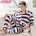 Inverno Engrosse Pijamas Dos Homens de Manga Longa Dos Homens Quentes Sleepwear Clássico Moda Masculina Botão Velo Coral Pijama Masculino