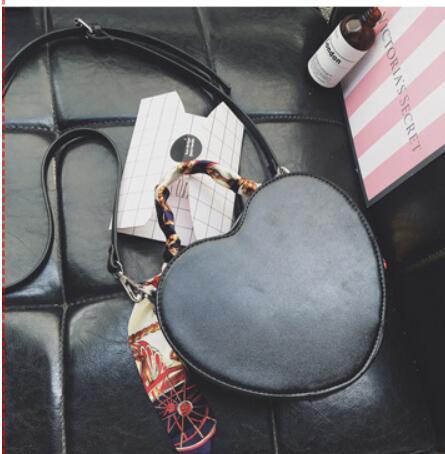 Spalla Elaborazione Le Modo In Signore A Di Forma Cuore Dell'unità Tracolla Donne Nero Mini Borse Delle Sacchetto Per rosso Morbido Pelle Il Del Crossbody 5R0x8wqx
