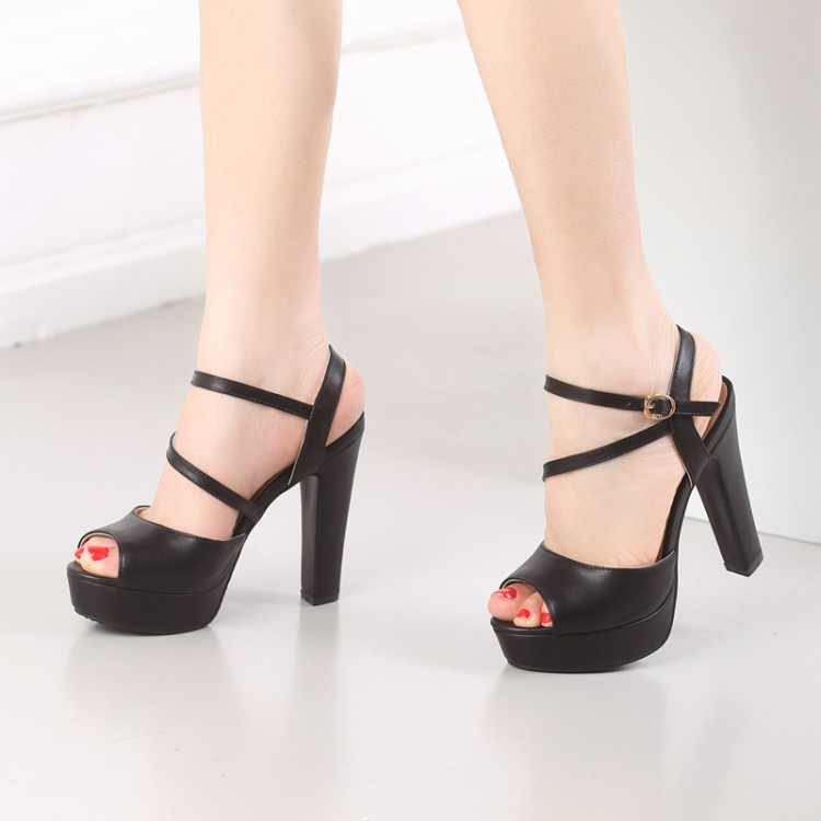 2017 Begrenzte New Gladiator Sandalen Frauen Tenis Feminino Großen Größe 34-46 Sandalen Damen Lady Schuhe High Heel Frauen Pumpen C-25 Feines Handwerk Schuhe