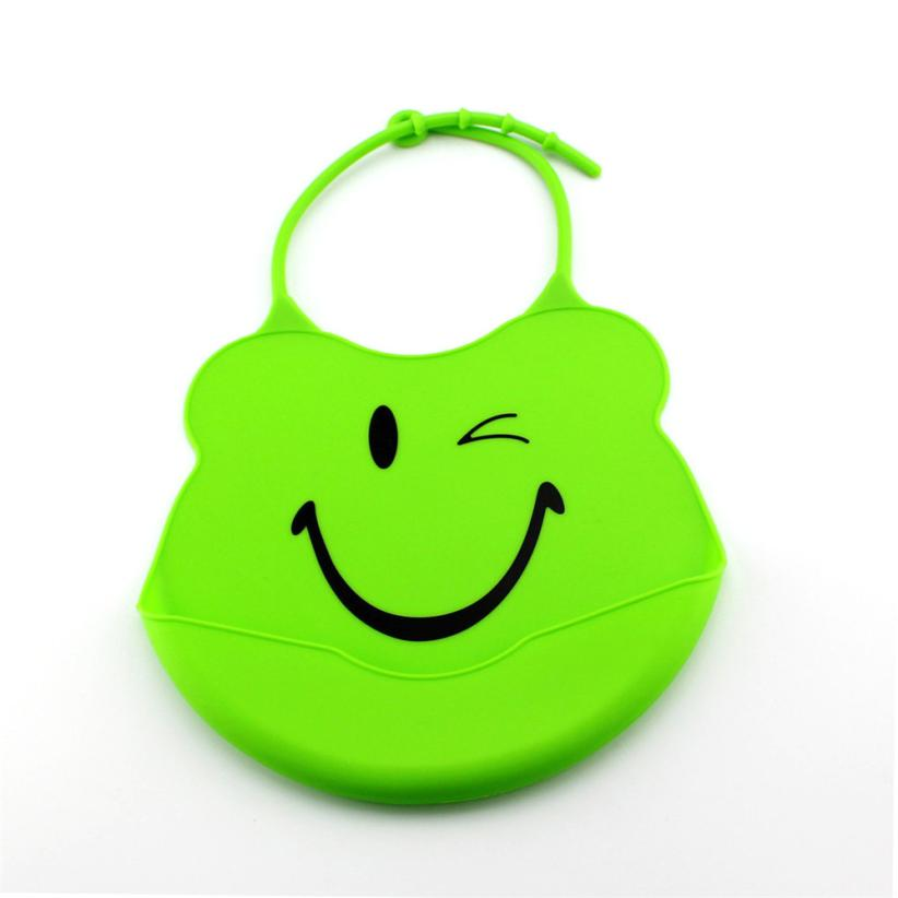 ROMIRUS Modern Cute and Exquisite Bibs Cartoon Baby Skin Aprons Eat Solid Convenient Silicone Waterproofing Aprons D25
