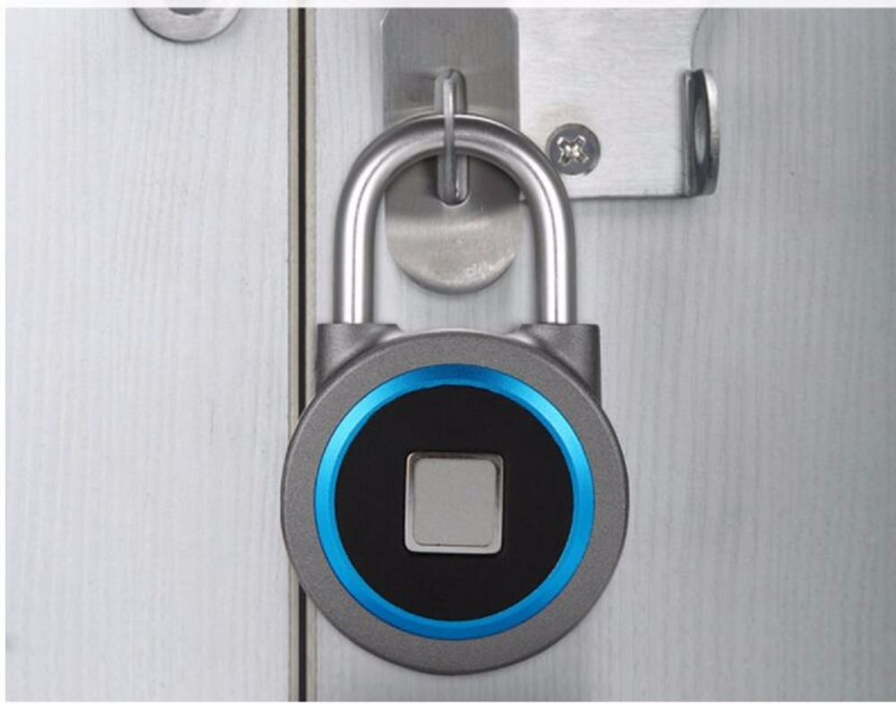 Bluetooth Lock APP Control Security Fingerprint Recognition Anti Theft Padlock 15 Groups Fingerprints For IOS/Android Waterproo