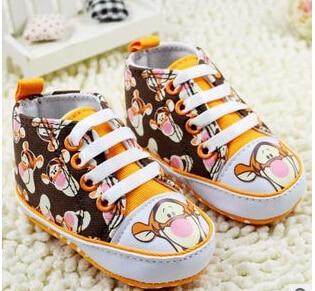 b6d74eca9e0 Winnie the Pooh cartoon baby sports shoes baby shoes toddler shoes baby  shoes