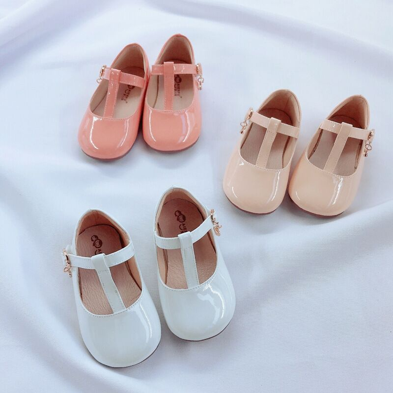 Image 2 - Fashion Girls Leather Shoes Candy Color Baby Girls Princess Shoes For Wedding Birthday Party Girls Patent Leather Shoes-in Leather Shoes from Mother & Kids